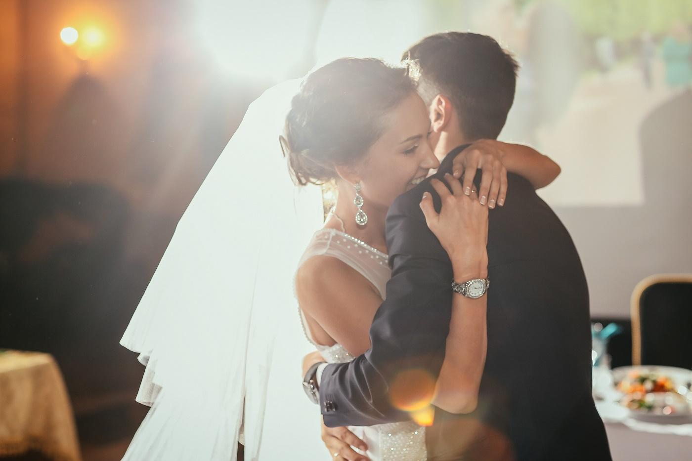 Como economizar e, ainda assim, realizar o casamento dos sonhos