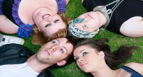 dinheirama-destaque-adolescencia-alvo-facil-consumismo