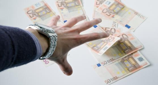 dinheirama-destaque-credito-consignado-atraente-para-bancos-e-endividados