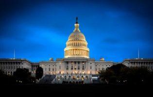 EUA: interesses políticos e chance de calote mexem com o mercado