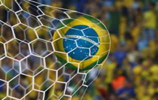 Nós e o Mundial de Futebol: A realidade no Brasil da Copa
