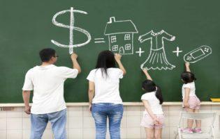 Como falar de dificuldades financeiras em família
