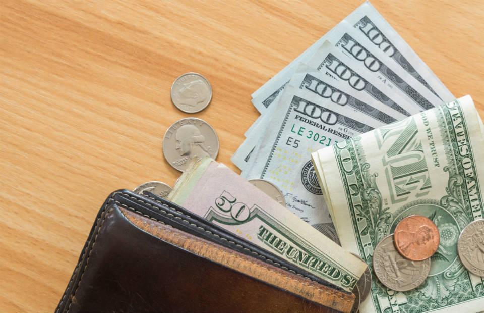 Sua Viagem: Qual a Melhor Hora para Comprar Dólar?