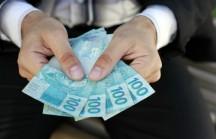 2015 com Dinheiro no Bolso