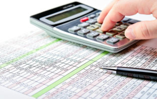 3 Atitudes Para Não Terminar o Mês Sem Dinheiro