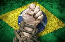 Crise Política coloca em Risco os Ajustes da Economia Brasileira