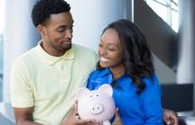 Casamento: quem deve cuidar do dinheiro da família, o homem ou a mulher?