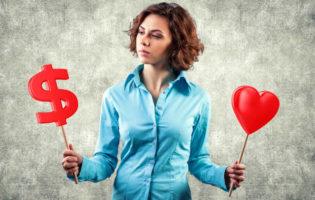 Finanças para casais: é possível conciliar amor e dinheiro?