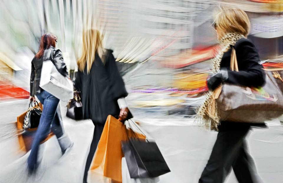 Ostentação e consumismo não combinam com felicidade