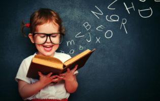Livros ensinam crianças a lidar com dinheiro