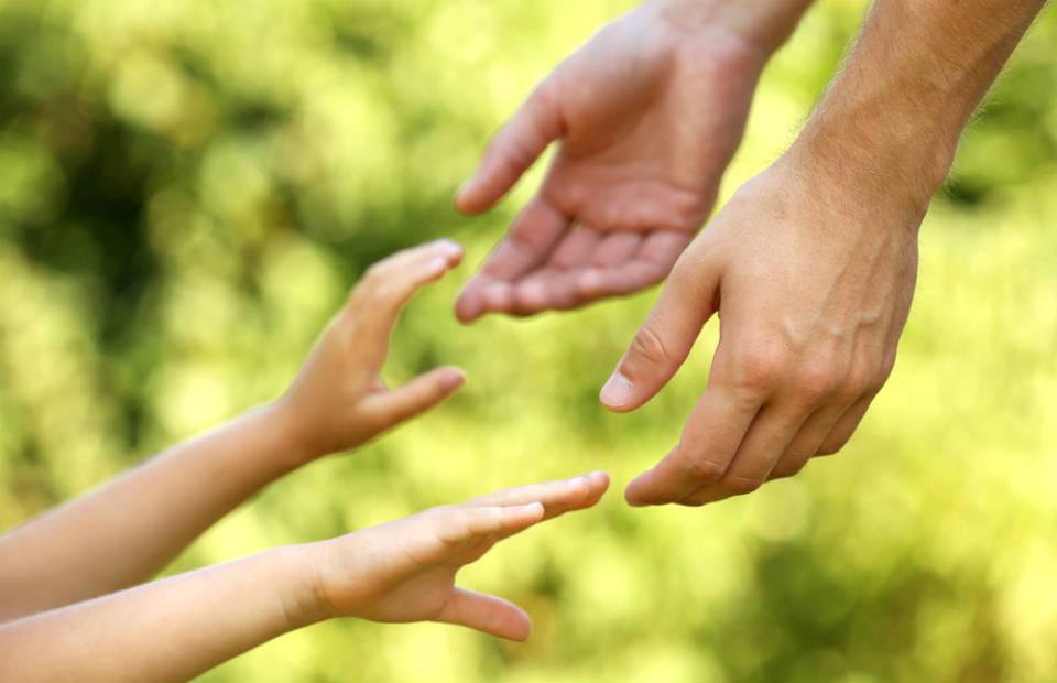 Crianças e educação financeira: bons hábitos que podem mudar o futuro