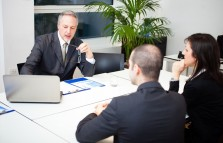 Não adianta ficar bravo com o gerente do banco: a responsabilidade é sua!