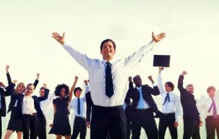 Empresas investem em educação financeira para funcionários