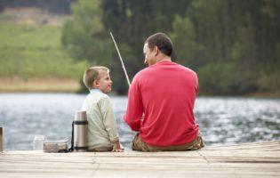 Filhos, trabalho e finanças: o desafio de equilibrar essa relação