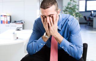 Desemprego: o que fazer antes e depois dele bater na sua porta