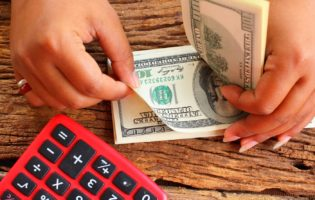 4 maneiras de investir em dólar e 5 dúvidas respondidas
