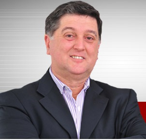 Topázio Silveira Neto