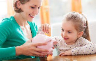 Aproveite esse mês para falar sobre dinheiro com as crianças