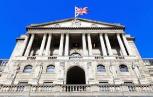 Exterior: Conheça 19 bancos para você investir fora do país