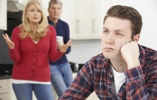 Você culpa seus pais por tudo: será que faz sentido?