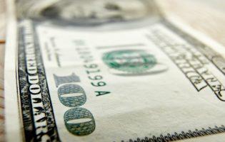 Dólar estressado: Corte de juros pode fazer dólar subir ainda mais