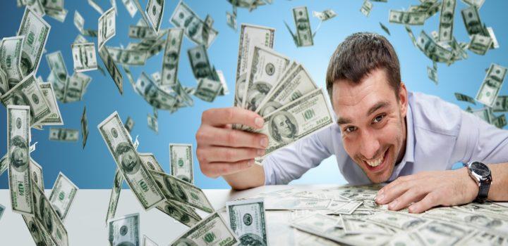 Dólar subindo: Você pode ainda lucrar com a alta da moeda