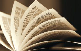 Presente: Um exemplar do livro que mudou a vida de milhões