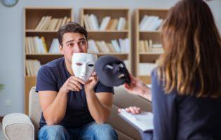 Controle financeiro: Acabe com a hipocrisia de viver fora de seu verdadeiro padrão