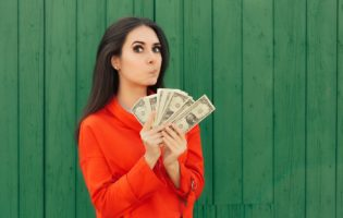13º salário: Confira 6 dicas para usar de forma sábia o dinheiro extra!