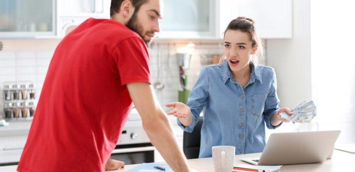 Casamento: 5 passos para acabar com as brigas por dinheiro
