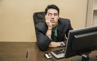 Procrastinação: o mal que pode acabar com sua carreira e suas finanças