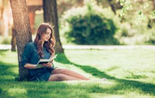 8 livros que todo investidor (em ações) deve ler antes de começar a investir