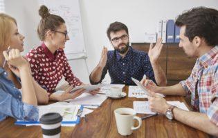 Problemas financeiros: como as empresas podem ajudar seus colaboradores